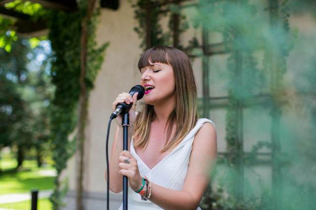 Ilaria Mangiardi singing