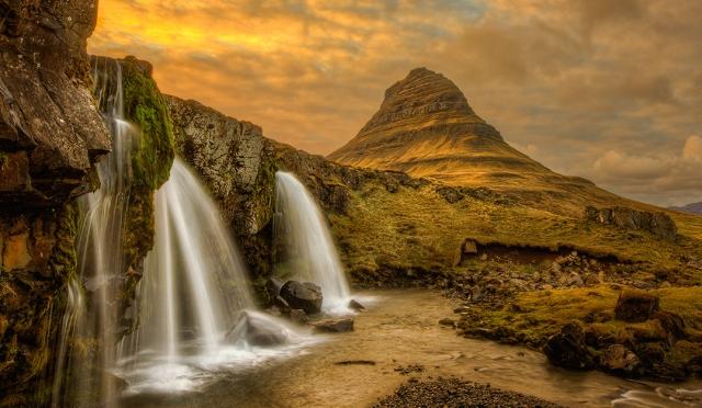 20120517-Iceland-Kirkjufellsfoss