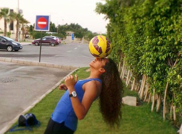 Farida_Soccerballhead